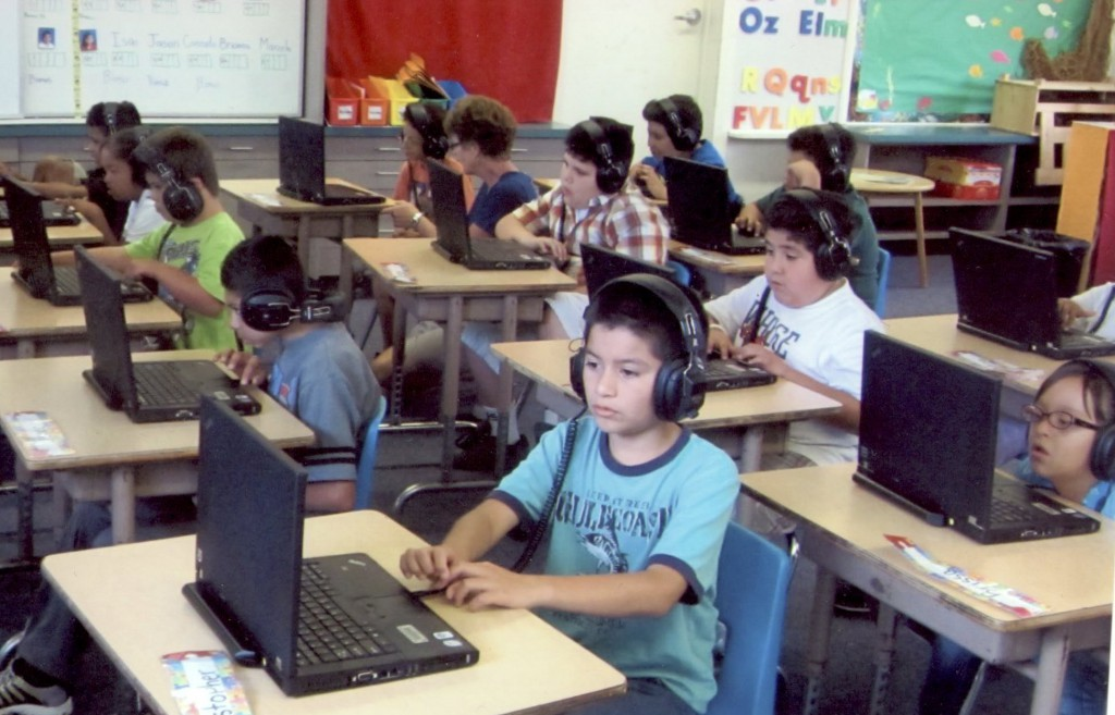 e-learning management system for students in classes
